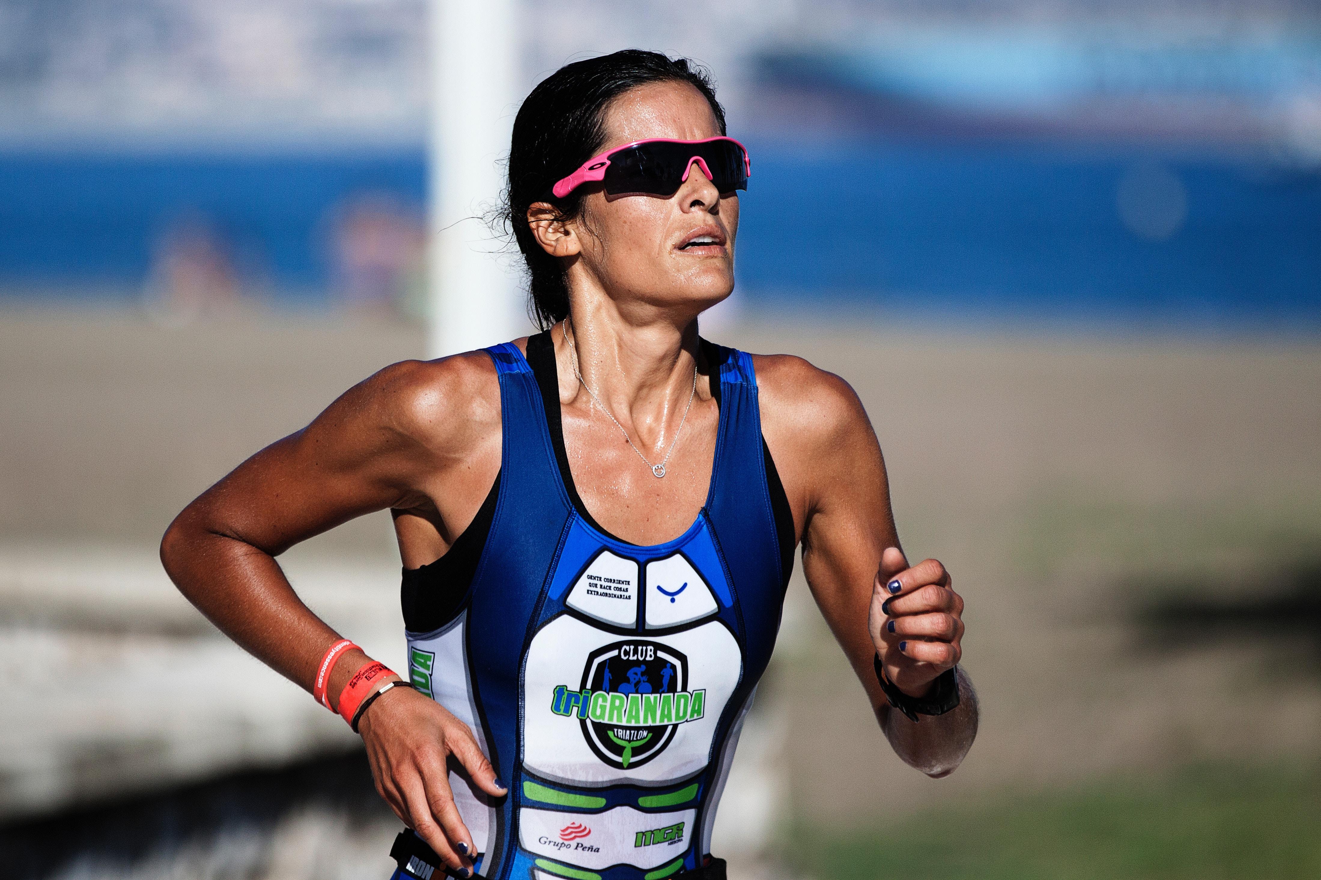 Woman Running (Unsplash-Quino Ali)