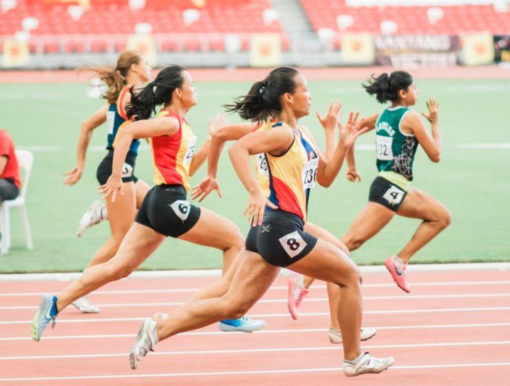Track Running (Unsplash-Jonathan Chng)