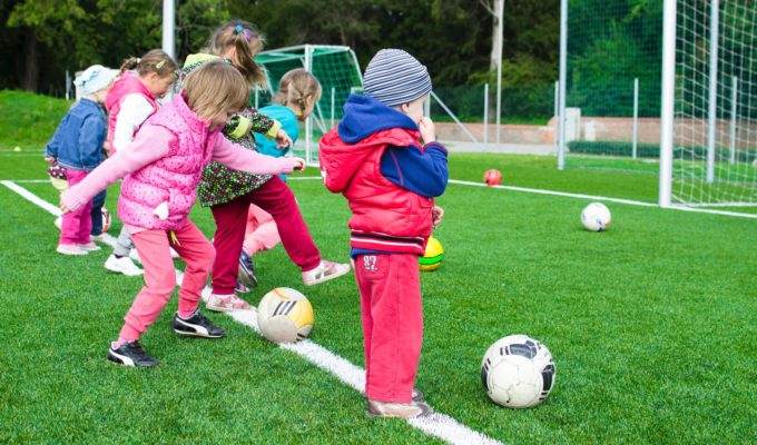 Youth Soccer (Pexels-Lukas)