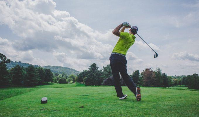Golf (Unsplash-Courtney Cook)